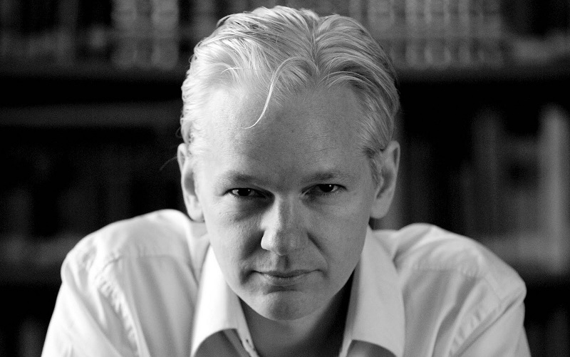 WikiLeaks founder to use WeChat for talk in Cape Town