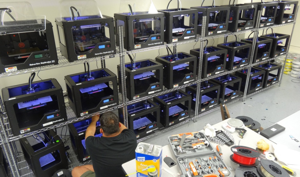 SA's RoboHand opens 53 printer 3D botfarm in Arkansas