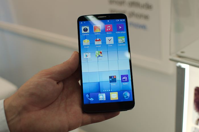 Hands On With Alcatel S R5 999 Note Gear Contendor