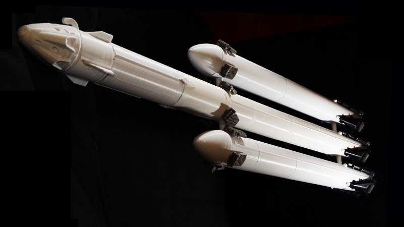 This 3d Print Of The Spacex Falcon Heavy Comes With The