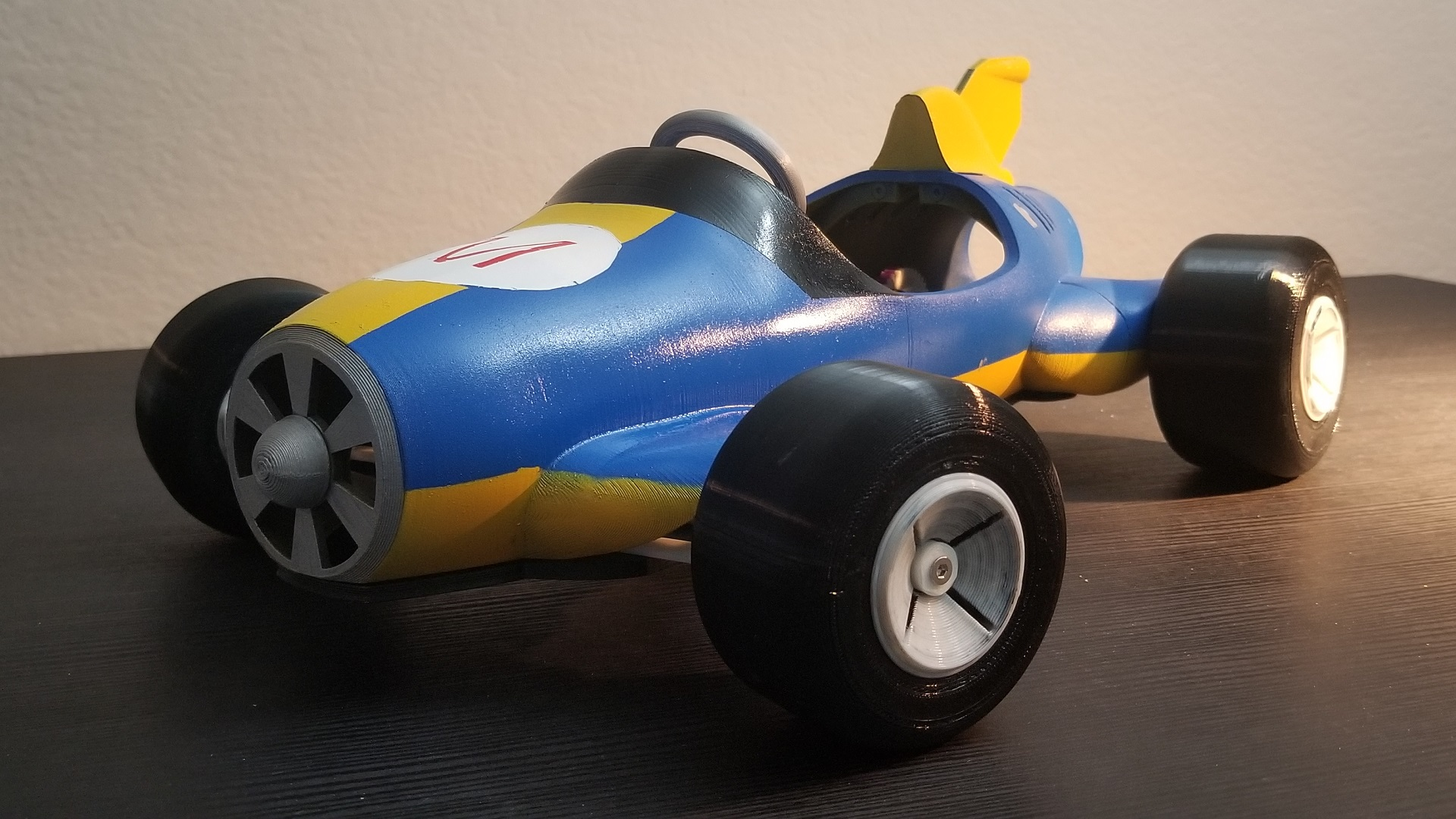 Mario Kart's Mach 8 has been 3D printed as an RC car - htxt africa