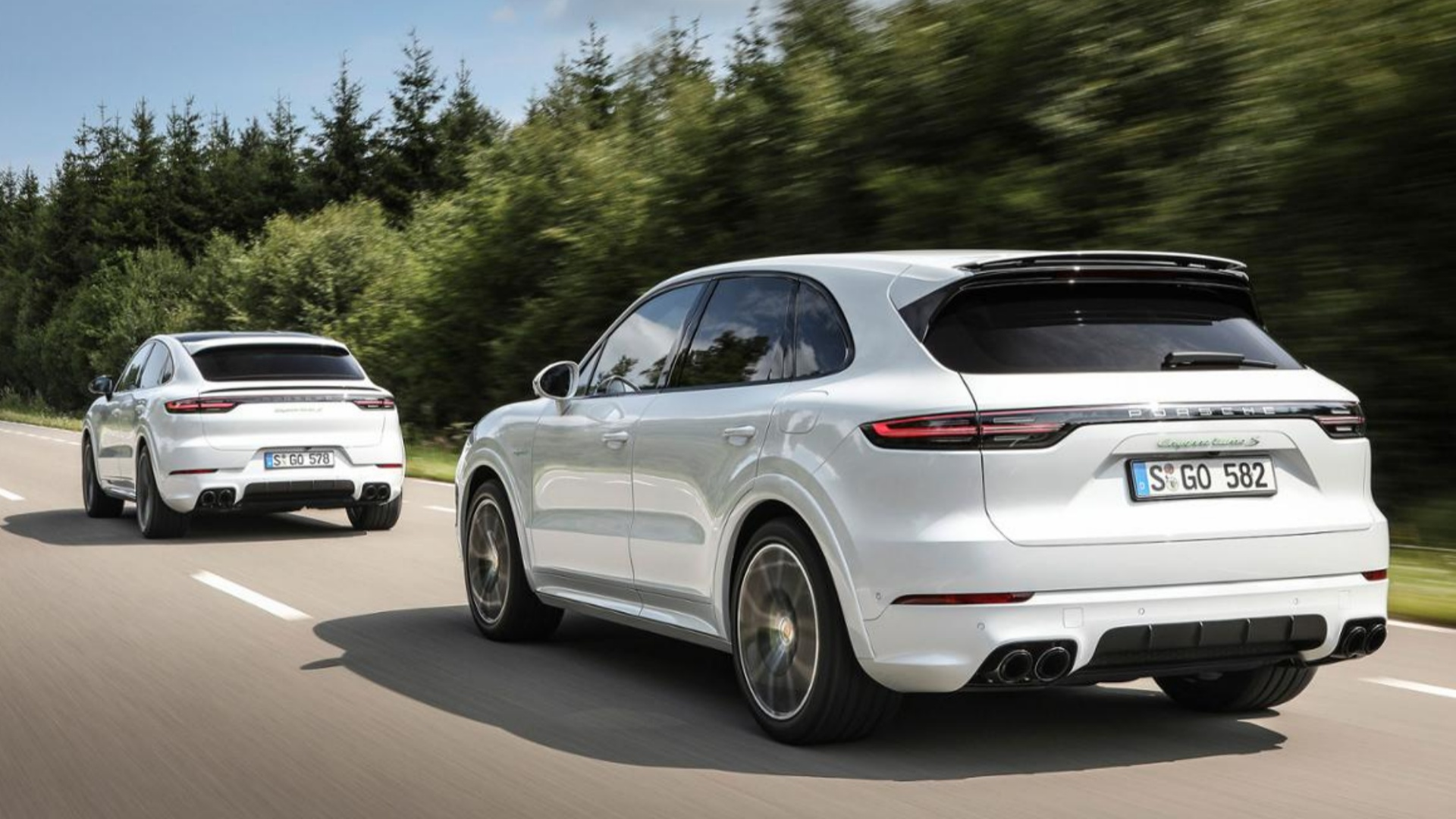 New plug,in Porsche Cayenne Turbo S E,Hybrid does 0,100km/h