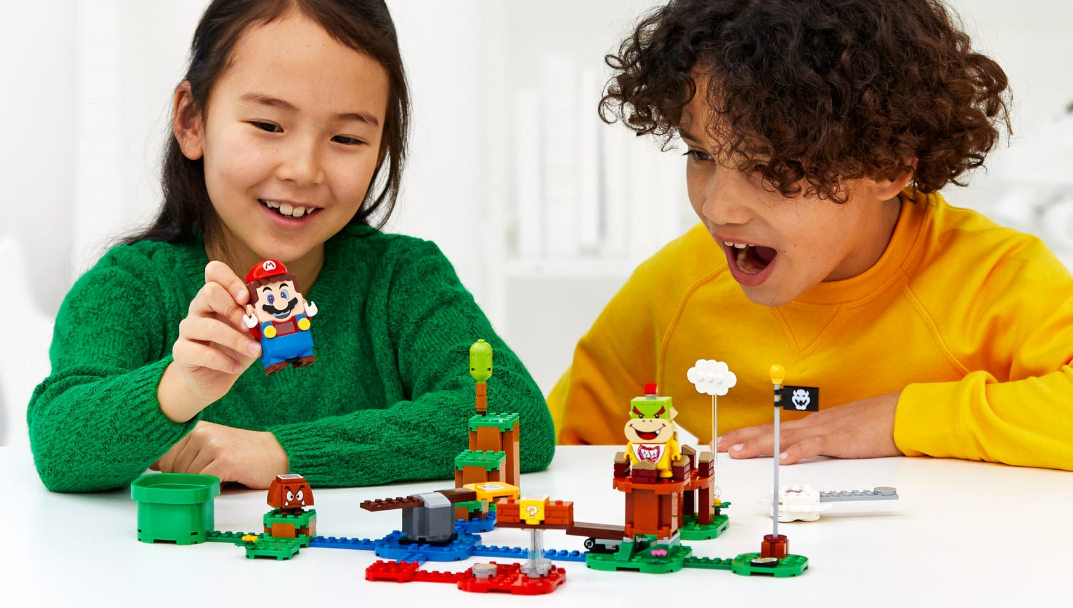 'LEGO Dimensions brought toys to life, LEGO Super Mario brings life to toys' - htxt.africa