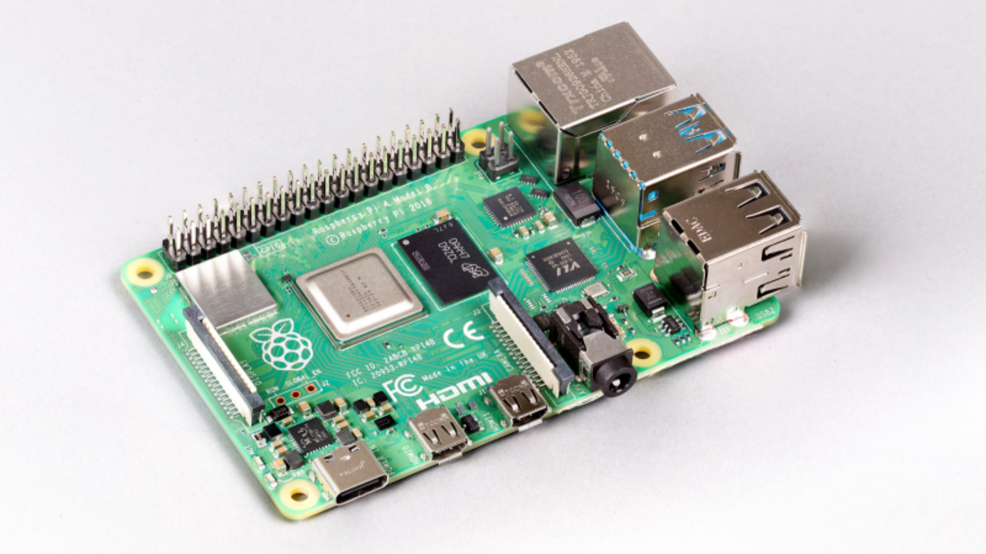 The Raspberry Pi 4 board now boasts 8GB RAM variant - htxt.africa